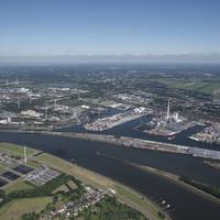 Luftaufnahme der Bremer Industriehäfen