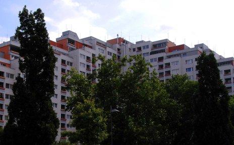 Ein Häuserblock im Stadtteil Tenever