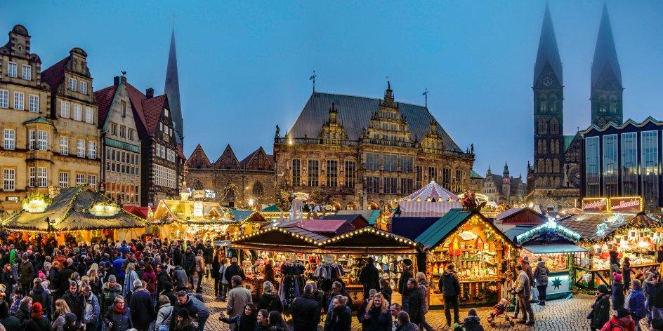 Groningen Weihnachtsmarkt.Christmas Market And Schlachte Magic