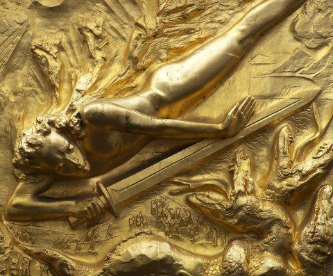 Relief 'Der Lichtbringer' am Eingang der Böttcherstraße; Quelle: protze + theiling GbR