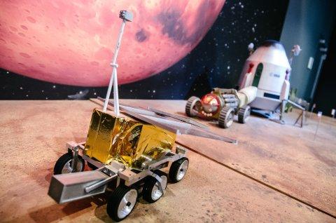 Modell eines Marsfahrzeuges bei Airbus